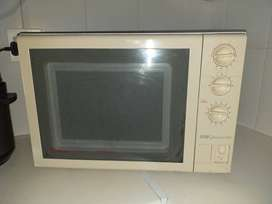 Microwave Oven with Grill Oven