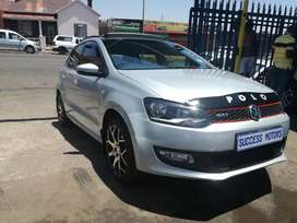 2013 POLO 6 1.4 with sunroof