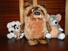 Мягкие игрушки Вини Пух, мышка, мышонок и маленький мышонок.