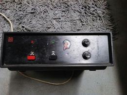 Zasilacz Unitra Radmor 230 V / 12 V 2A