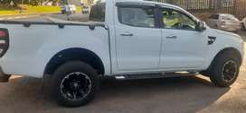 FORD RANGER DOUBLE CAB 3.2 SIX GEAR AUTOMATIC WITH SPARE KEYS
