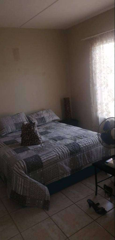 Flat for rent in Elwood Estate in Uys road 0