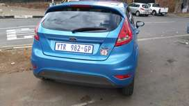 Ford fiesta at low price good condition