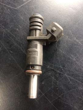 BMW E46 318i Injectors for sale.R850.00each