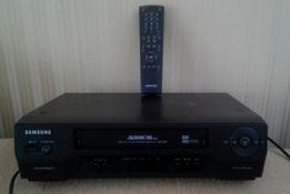 Продаю пишущий видеомагнитофон Samsung SVR-2601