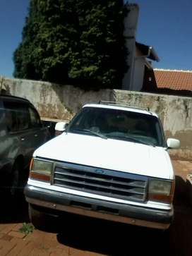 Ford explorer LHD