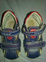 Sandałki 22