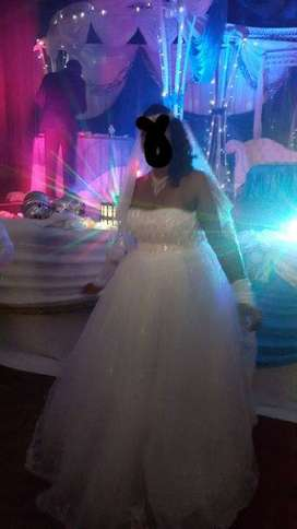 Wedding Dress 4 sale
