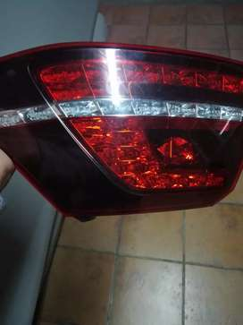 Parts and assessories golf gti. Hilux Dakar front