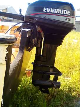 15 HP EVENRUDE OUT OUTBOARD