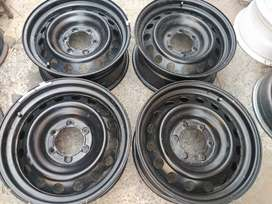 "15"" Nissan NP 200 steel rims for r2000. (4 100 pcd)"