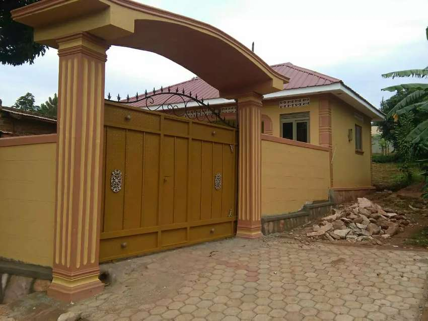 Don't miss this year House for sale in suguku entebbe road 0