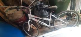 Ladies Diamondback mountain bike secondhand