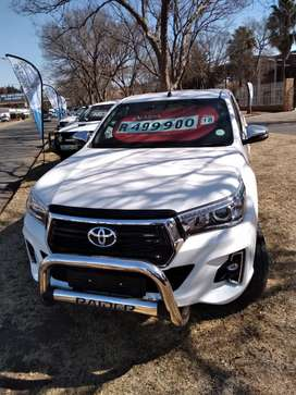 Toyota hilux gd6 2.8 automatic xcab