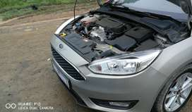 1.0 ecoboost trend, auto start, climate control, ABS, ect