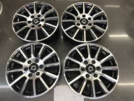 18 inch GWM P Series Bakkie mags for sale!!