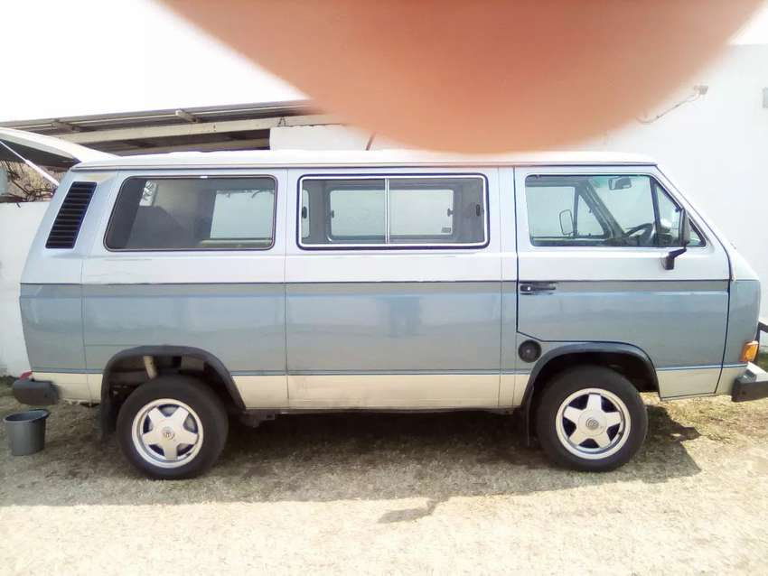 Vw Kombi with 2 l motor 0