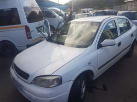Am selling my  opel aster daily running car
