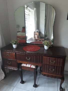 Imbuia Dressing table