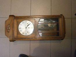 Zegar kwadransowy , z kurantami wiszący , ścienny , w dębowej skrzynce