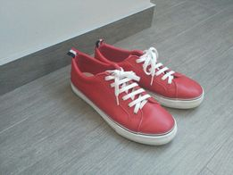 Красные женские кеды Vans