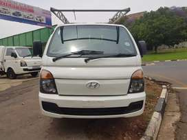 2015 Hyundai H100 2.6 With Canopy