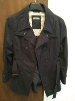Nowy płaszcz firmy Montego