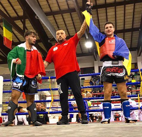 Персональные тренировки по Тайскому боксу Muay Thai кикбоксингу K-1