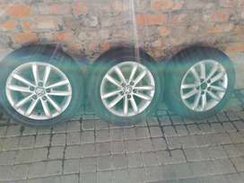 Polo vivo rims and tyres