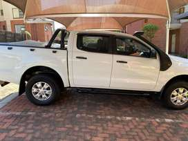 2.2l Diesel 4x4 Ranger in crip condition up for grabs.