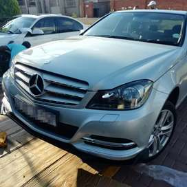 W204 Front Lips