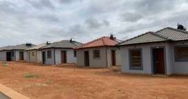 2 bedroom house for rent in Clayville