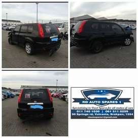 stripping Nissan Xtrail for parts