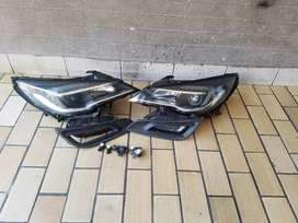 Astra H xenon head light (both) 2 forg light and the forg light cover