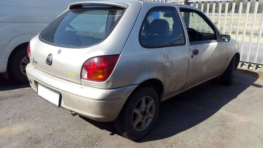 Ford Fiesta Flair 1.4i Endura 2000 spares for sale. 0