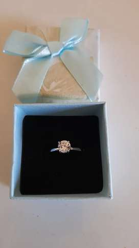 Classic 1,0ct white gold Diamond ring for sale