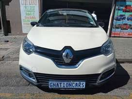 Renault Captur 1.2 turbo manual 2017 model for SELL