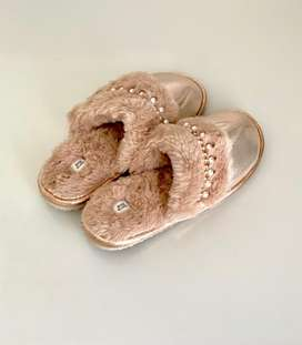 River Island Womans Slippers. Classy & Comfy on special