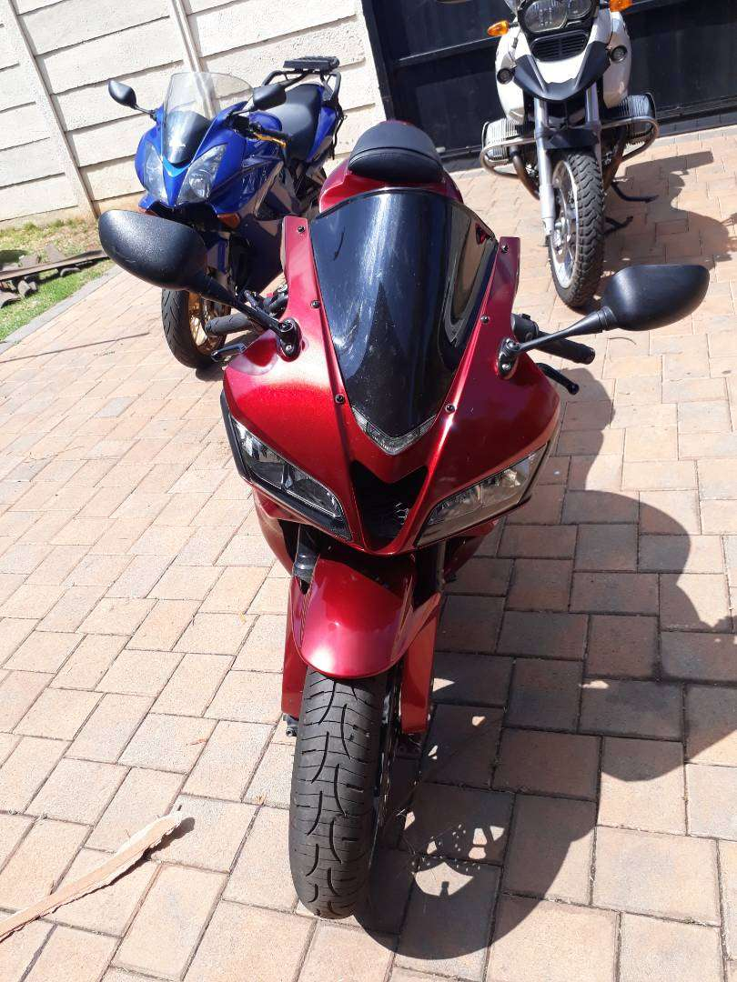 Honda cbr600rr trade for a bakkie need it for work 0