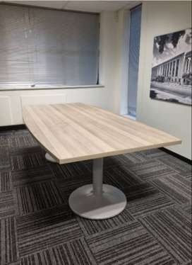 8 seater boardroom table