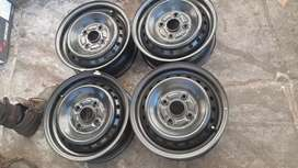 """A set of 14"""" steel rims for Toyota avanza"""