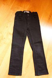 czarne chłopięce, dżins, jeansy rozm. 122