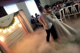 На свадьбу, презентацию тяжелый дым на основе сухого льда