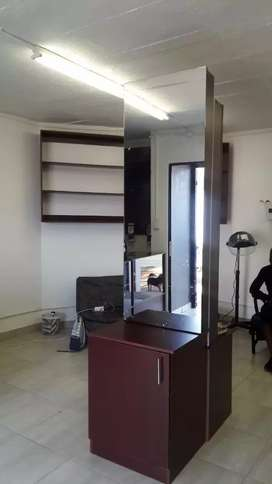 Salon for sale with stock