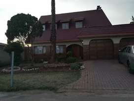 Beautiful House to rent in Dube, Soweto