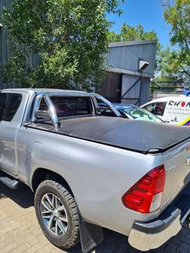 Rollbar & Tonneau Cover for Toyota Hilux Extra Cab