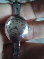 Часы ЗАРЯ (СССР) механика, рабочие, 17 камней
