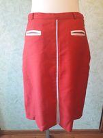 Czerwona klasyczna spódnica rozmiar 38