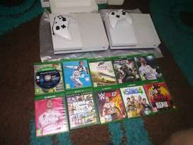 Two 2018xbox one s with controler and 10 games