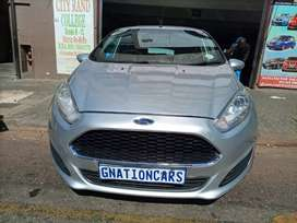 Ford Fiesta 1.6 manual 2016 model for SELL